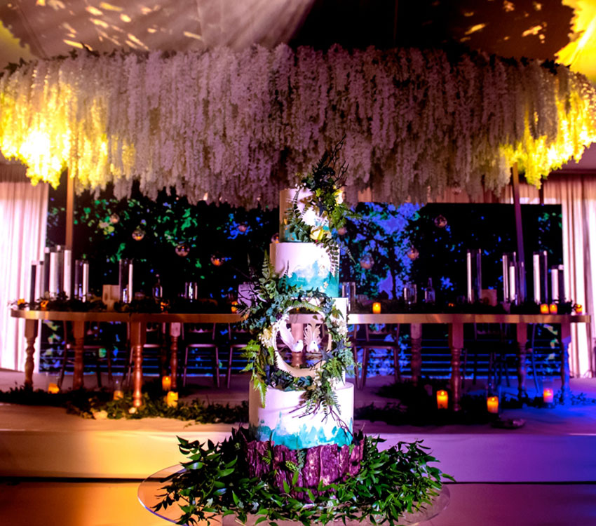 Woodland Wedding Cake Heavy Foliage & White Birds Full